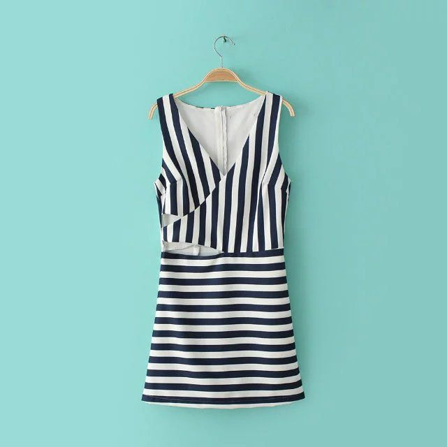 harga Jumpsuit - Pakaian One-Piece Wanita Two Way Stripe (S) 343129 elevenia.co.id