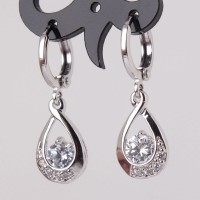 Anting 18k white gold filled dangling cubic zirconia , finest quality