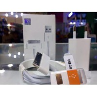 Charger iPhone 4 iPad 1 2 3 iPod Apple 30-Pin with Original Data Cable