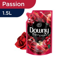 Downy Pelembut Pakaian Passion Refill 1.5L
