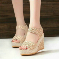 Wedges brukat on29 Cream