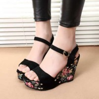 Wedges Motif bunga kode ON 01