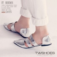 harga [TW Shoes] hollow cross around the ankle pointed flat Baoxie elevenia.co.id