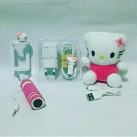 Paket Special Hello Kity 3in ( Powerbank Boneka   Charger   Tongsis )