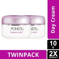 TWIN PACK - PONDS FLAWLESS WHITE LIGHTING DAY CREAM SPF18 10g-y