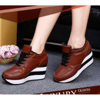 WEDGES BOOT TALI SPONS COKLAT