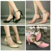 C24 SEPATU HEELS GELANG... SALEM CREAM AND BLACK