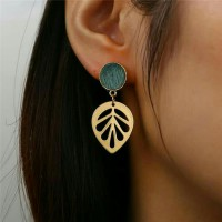 Earring golden green leaf
