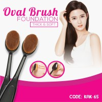 OVAL FOUNDATION BRUSH FOR SMOOTH BLENDING AND CONTOURING (KAK-65)