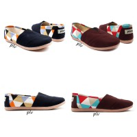 BNG CORNER - Sepatu Wanita Flat Shoes Slip On kanvas NS13 Triangle