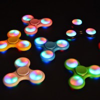 FIDGET SPINNER LAMPU LED Fidget Spinner Lampu led
