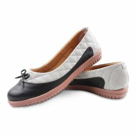 BNG CORNER - Sepatu Flat Shoes Slip On Loafers Quilted BLD08