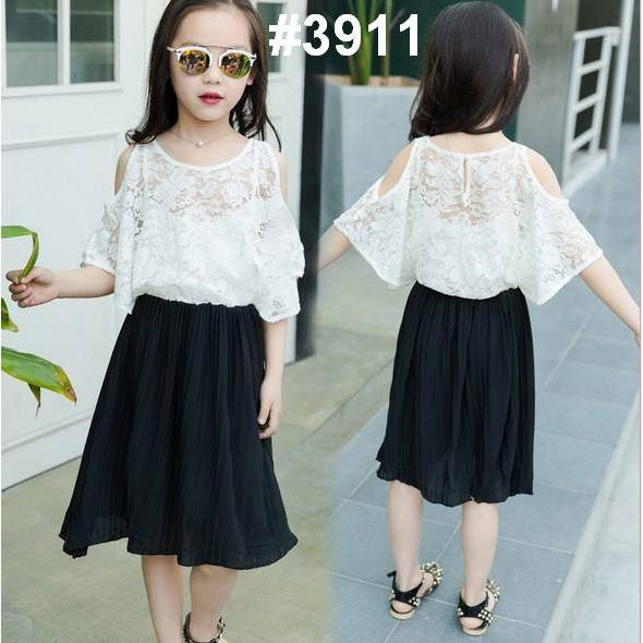 harga DRESS ANAK PLATTED HITAM   BRUKAT PUTIH CROP (RSBY-3911) elevenia.co.id