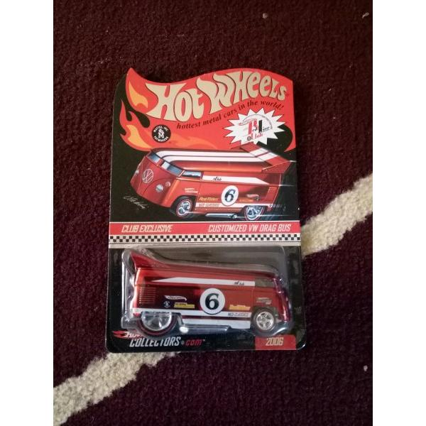 harga A197 HOTWHEELS RED LINE CLUB CUSTOMIZED VW DRAG BUS dragbus 2006 tampo nomor no 6 hologram plus protector elevenia.co.id