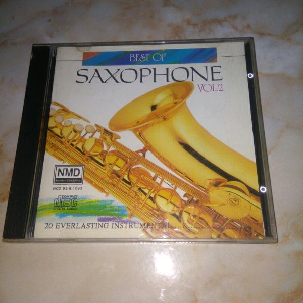 harga CD Musik BEST OF SAXOPHONE Vol 2 elevenia.co.id
