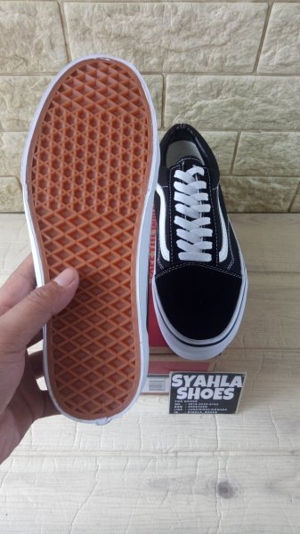 harga Sepatu Vans Old Scool Black White Quality Original - Hi elevenia.co.id
